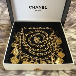 Authentic CHANEL Vintage Chain Belt/Necklace